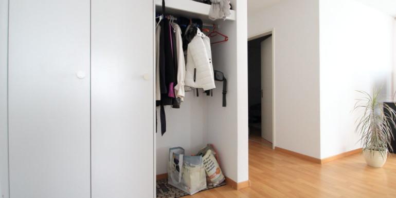 2.5Zi Schaan Garderobe HQ