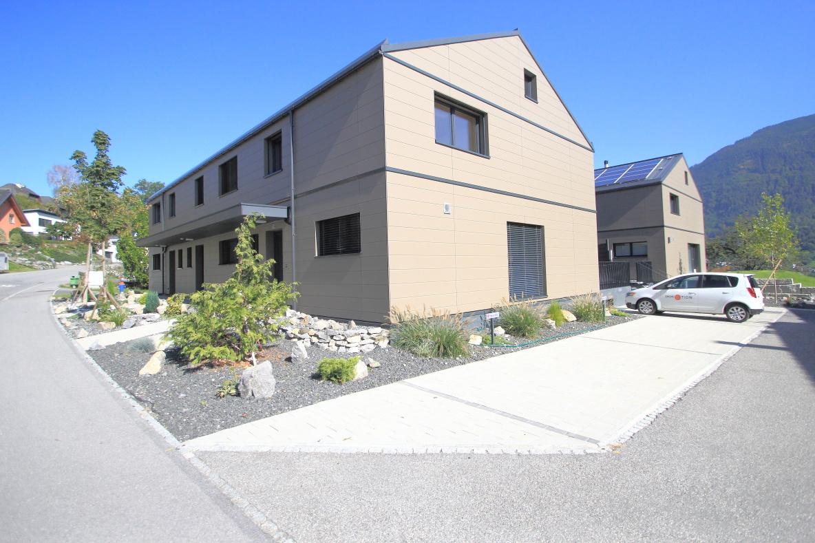 Traumhaftes 4,5 Zimmer Eckreihenhaus mit sehr gutem Ausbaustandard | Mauren