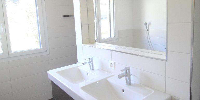 Badezimmer2 Eckreihenhaus Mauren