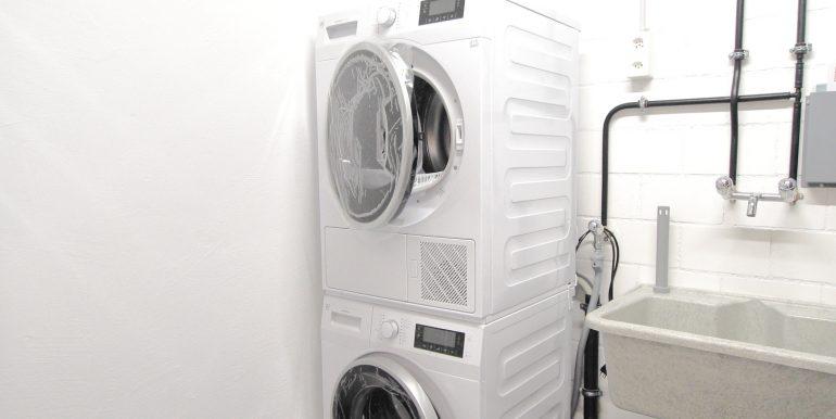 Waschmaschine Eckreihenhaus Mauren