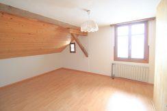 Preiswerte 5.5 Zimmer Maisonettewohnung mit Potenzial | Triesenberg