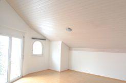 Wunderschöne 3,5 Zimmer Attikawohnung | Ruhige Lage | Mauren