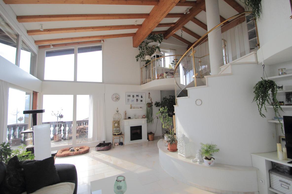 Traumhafte 2,5 Zimmer Maisonettewohnung  | Zentrumsnahe Lage Mit Weitblick | Triesenberg