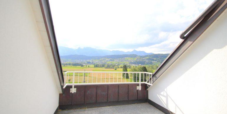 4.5zi DG Schaanwald Balkon1